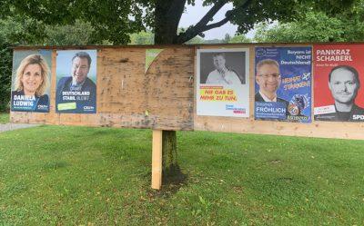 Nussdorf. Bild zum Thema Vanalismus im Wahlkampf.